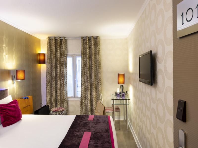 Hotel atn 3 toiles paris ile de france paris - Hotel paris chambre 4 personnes ...