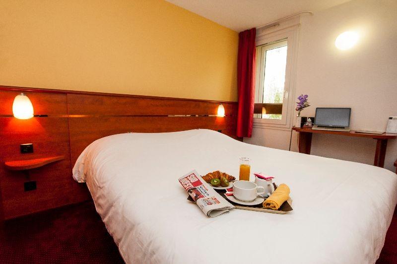 Hotel Restaurant  Etoiles Dans Le Lot Et Garonne