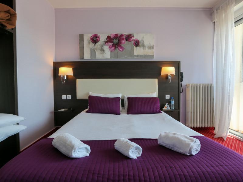 Brit Hotel La Rochelle Restaurant A Proximite
