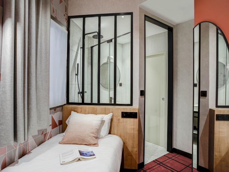 Hotel republik hotel lyon 3 toiles lyon rh ne alpes for Hotels 3 etoiles lyon