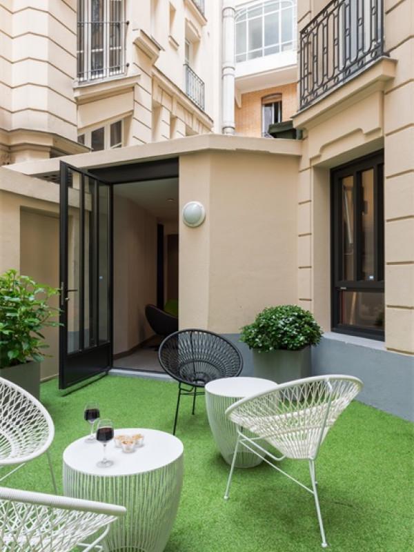 hotel terminus vaugirard 3 toiles paris ile de france paris. Black Bedroom Furniture Sets. Home Design Ideas
