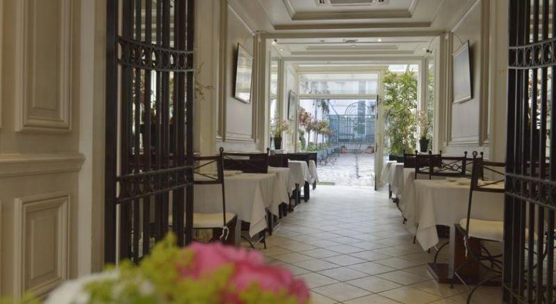 Hotel Unic Renoir Saint Germain 3 Sterne Paris Ile De France Paris